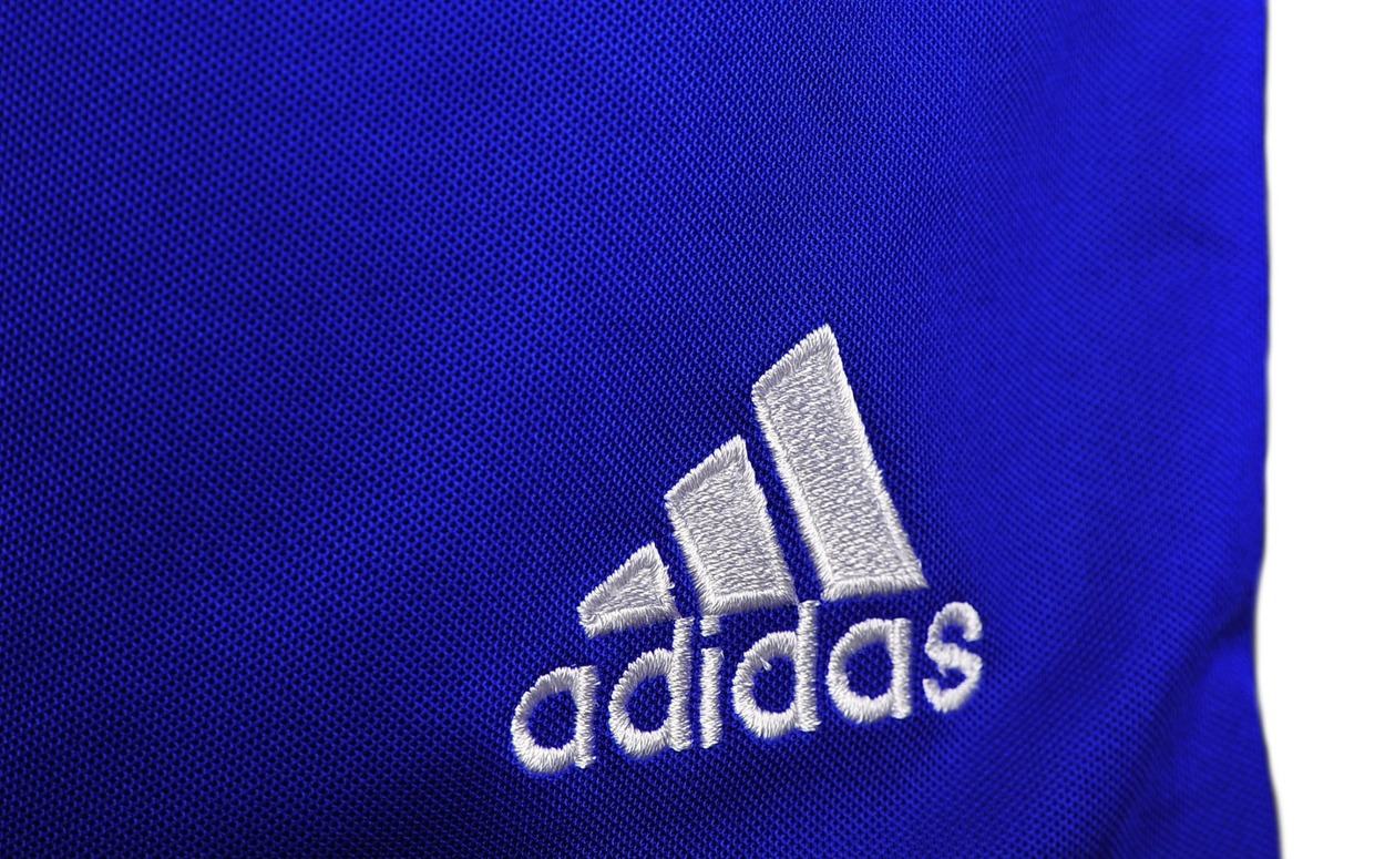 Spodenki treningowe krótkie Adidas Parma 16 junior AJ5882 niebieskie