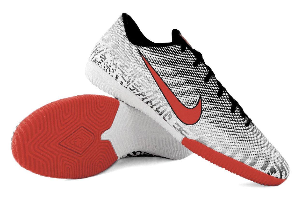 wyprzedaż w sprzedaży buty temperamentu Pierwsze spojrzenie Szare buty piłkarskie na halę Nike Mercurial Vapor Academy Neymar IC  AO9474-170
